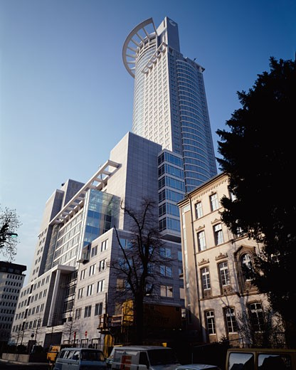 Stock Photo: 1801-16628 DG BANK, FRANKFURT, GERMANY, ROOF WITH FRONT DETAIL, KOHN PEDERSON FOX
