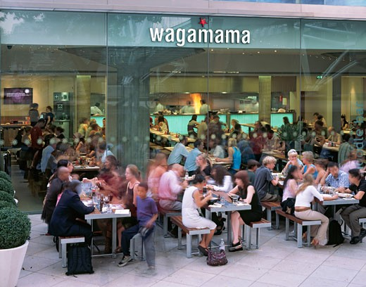 Stock Photo: 1801-17732 WAGAMAMA RESTAURANT, SOUTHBANK CENTRE, LONDON, SE1 SOUTHWARK + BERMONDSEY, UNITED KINGDOM, RESTAURANT WITH DINERS OUTSIDE, AUKETT TYTHERLEIGH