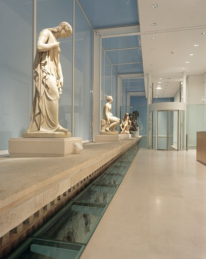 Stock Photo: 1801-19114 SACKLER GALLERY, ROYAL ACADEMY OF ARTS, PICCADILLY, LONDON, W1 OXFORD STREET, UNITED KINGDOM, ARCHITECT UNKNOWN