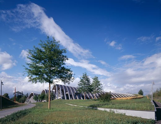 ZENTRUM PAUL KLEE, BERN, SWITZERLAND, CORNER VIEW, RENZO PIANO BUILDING WORKSHOP : Stock Photo
