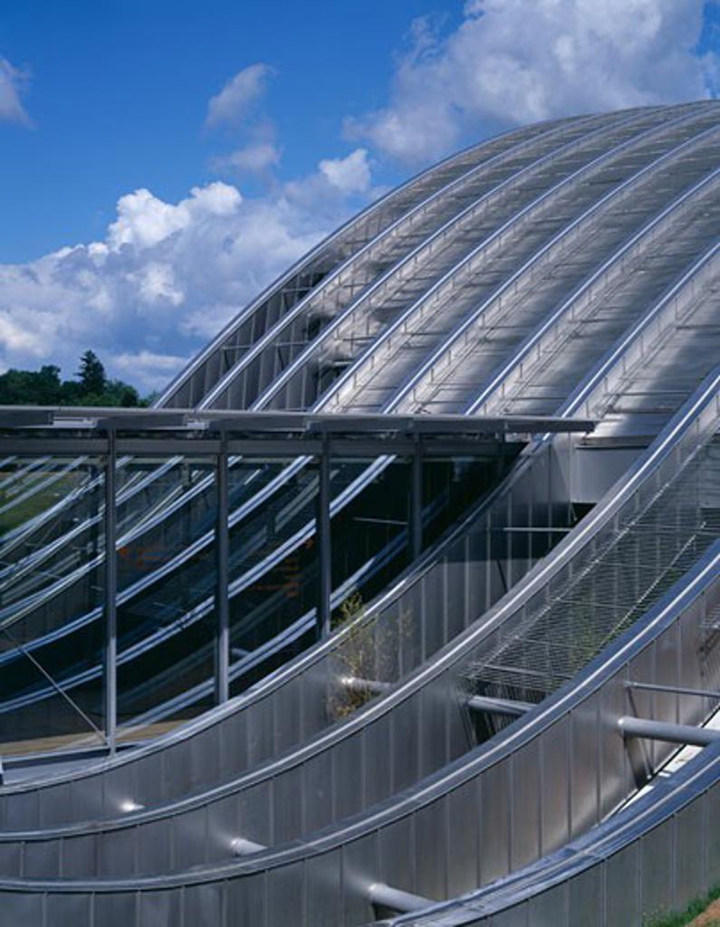 ZENTRUM PAUL KLEE, BERN, SWITZERLAND, METAL WORK DETAIL REAR ELEVATION, RENZO PIANO BUILDING WORKSHOP : Stock Photo