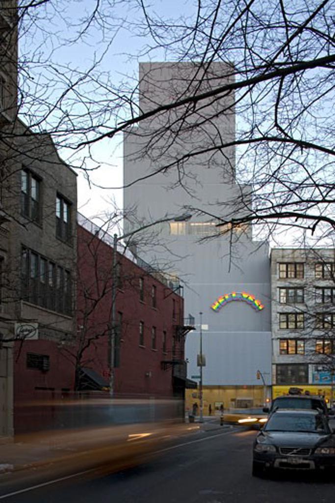 MUSEUM OF CONTEMPORARY ART, BOWERY, NEW YORK, NEW YORK, UNITED STATES, VIEW FROM PRINCE STREET, SANAA KAZUYO SEJIMA + RYUE NISHIZAWA : Stock Photo