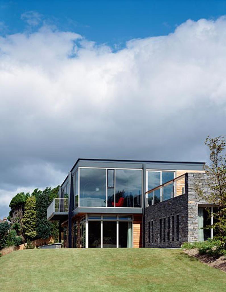 HOUSE KINSALE, KINSALE, IRELAND, VIEW FROM EAST, SCOTT TALLON WALKER : Stock Photo