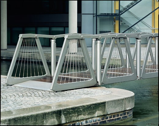 ROLLING BRIDGE, PADDINGTON, LONDON, W1 OXFORD STREET, UNITED KINGDOM, THOMAS HEATHERWICK STUDIO : Stock Photo