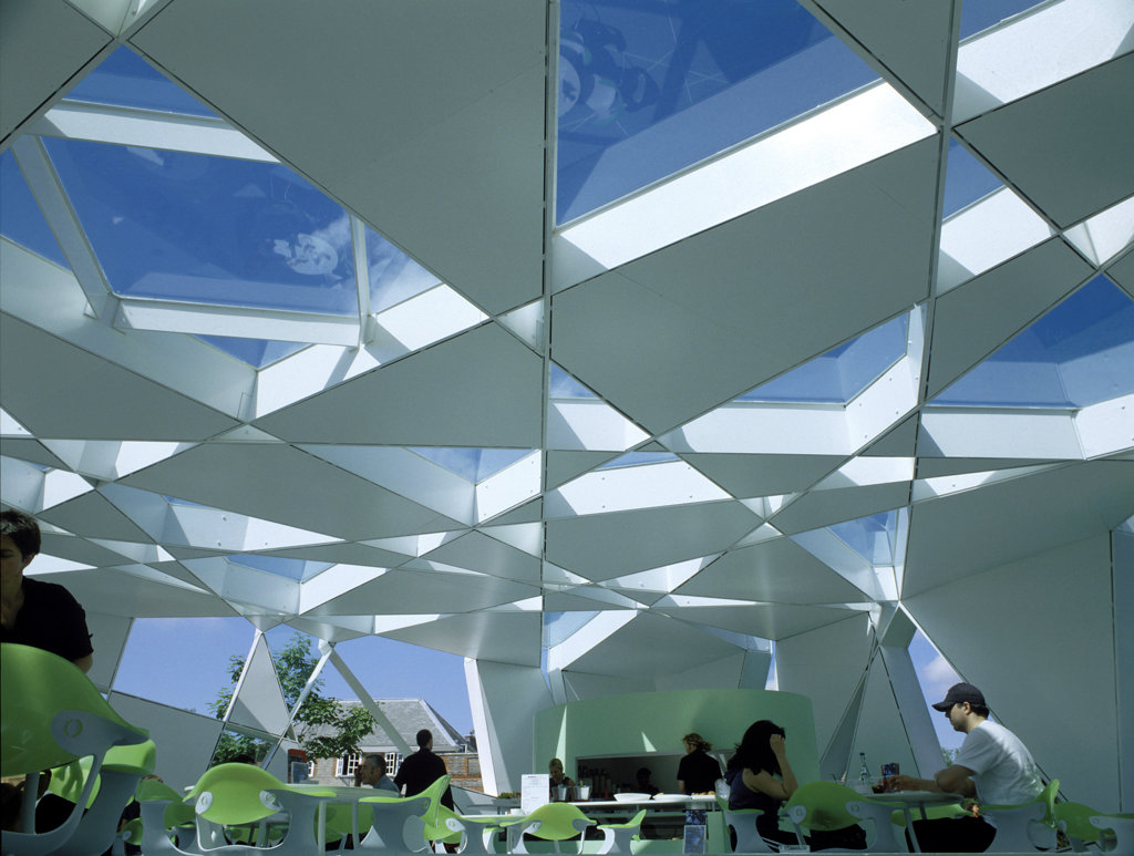 SERPENTINE GALLERY PAVILION, KENSINGTON GARDENS, LONDON, W2 PADDINGTON, UNITED KINGDOM, INTERIOR DETAIL, TOYO ITO : Stock Photo