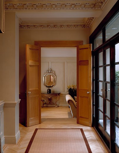 Stock Photo: 1801-28143 PRIVATE HOUSE, LONDON, SW1 VICTORIA, UNITED KINGDOM, HALLWAY, ARCHITECT UNKNOWN