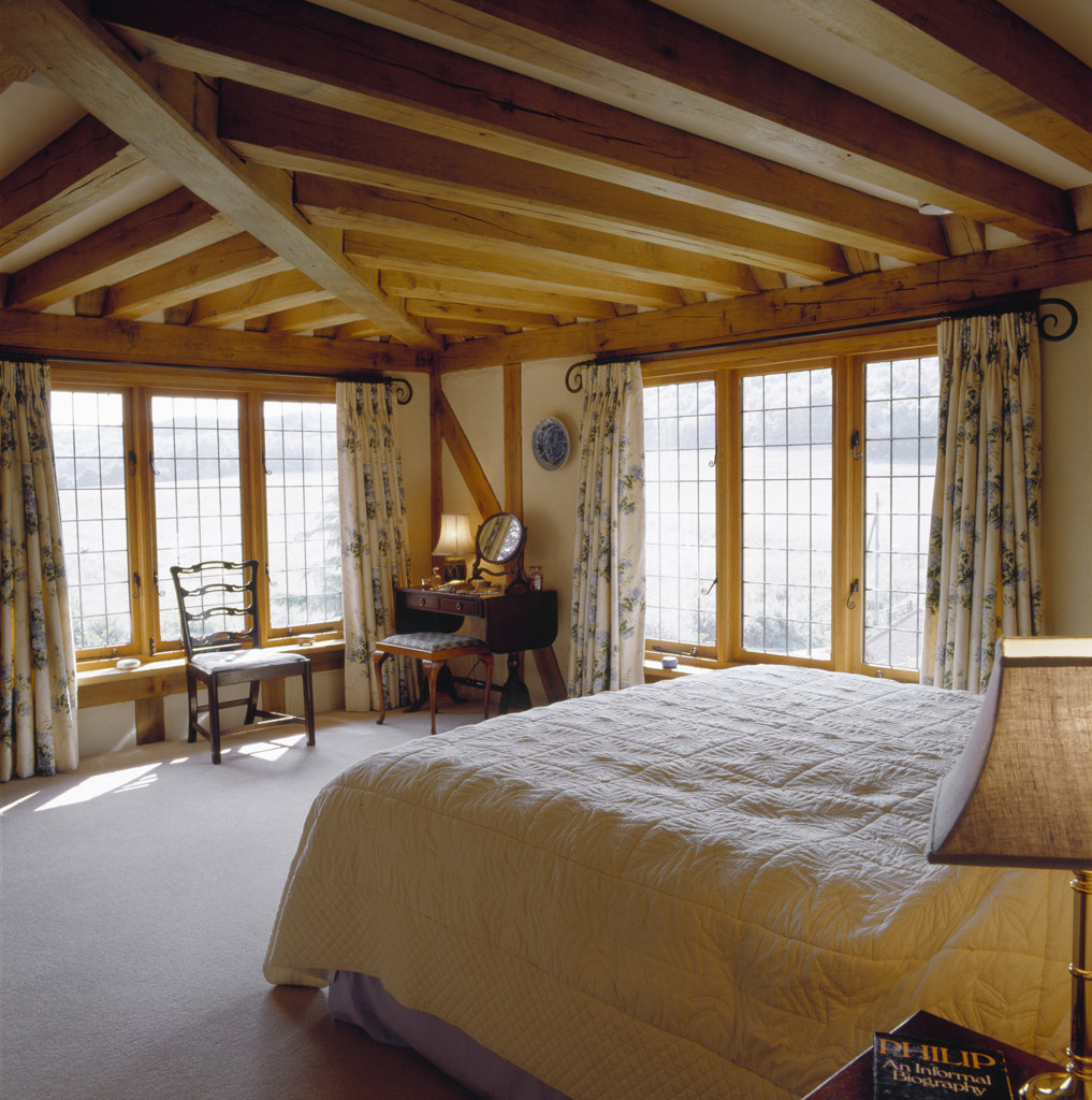 Stock Photo: 1801-28413 PRIVATE HOUSE, KENT, UNITED KINGDOM, BEDROOM, ARCHITECT UNKNOWN