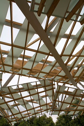 Serpentine gallery pavilion 2008 roof interior., Serpentine Gallery Pavilion 2008, Kensington Gardens, London, W2 Paddington, United Kingdom, Frank Gehry : Stock Photo