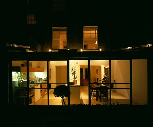 PRIVATE HOUSE, LONDON, N1 ISLINGTON, UNITED KINGDOM, EXTERIOR AT NIGHT, AZMAN OWENS ARCHITECTS : Stock Photo