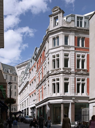 The Quadrant Block 1 Regent Street, London, United Kingdom, Allies and Morrison, The quadrant block 1 regent street vine st and swallow street. : Stock Photo