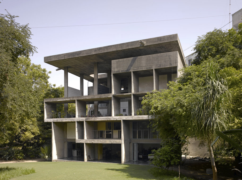 Stock Photo: 1801-36968 The Shodan House, Ahmedabad, India, Le Corbusier, Shodan house-overall view of rear elevation.