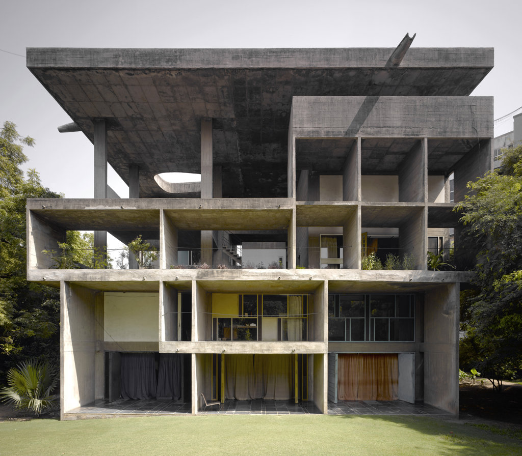 The Shodan House, Ahmedabad, India, Le Corbusier, Shodan house-overall view of rear elevation. : Stock Photo