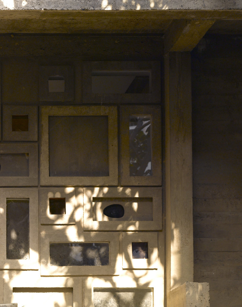 Stock Photo: 1801-36972 The Shodan House, Ahmedabad, India, Le Corbusier, Shodan house-window detail.