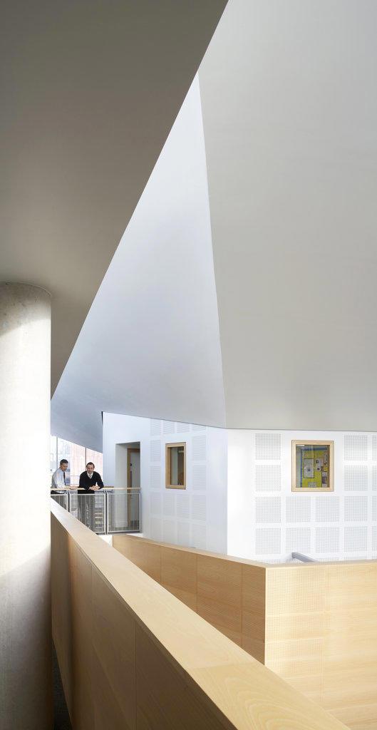 St Mary Magdalene Academy, London, United Kingdom, Feilden Clegg Bradley Architects, St mary magdalene academy view of interior of atrium. : Stock Photo