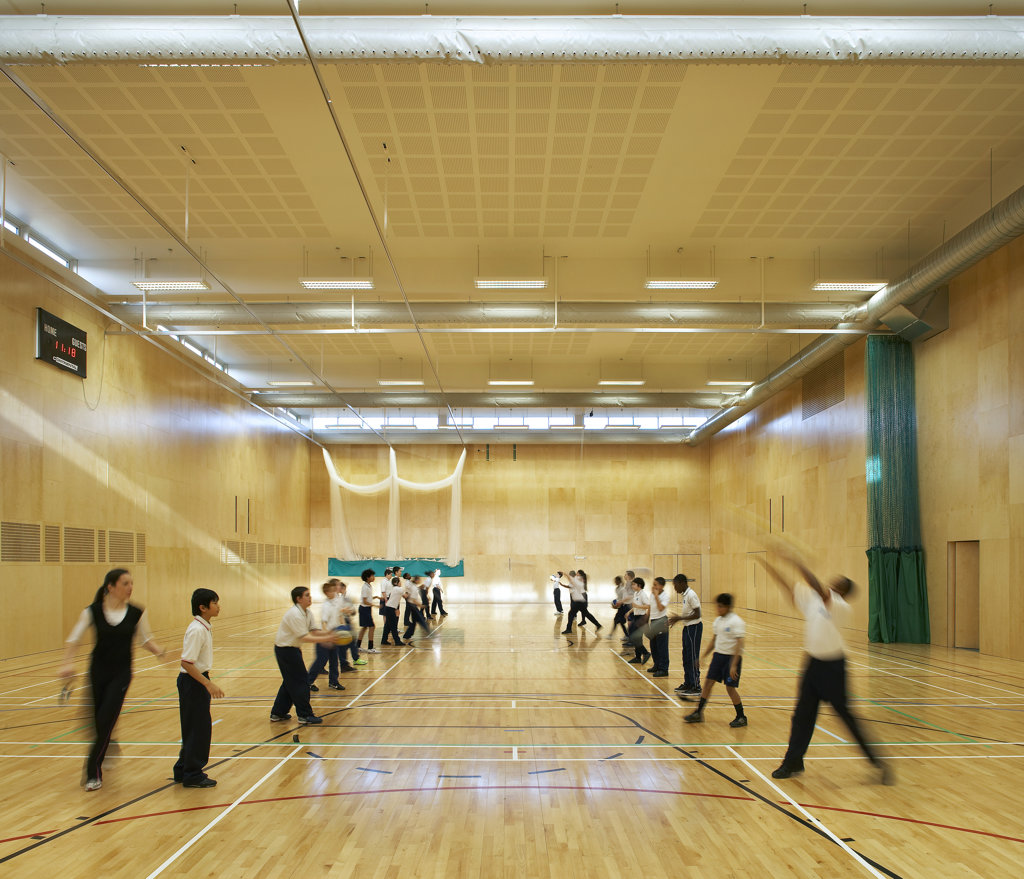 St Mary Magdalene Academy, London, United Kingdom, Feilden Clegg Bradley Architects, St mary magdalene academy gymnasium. : Stock Photo