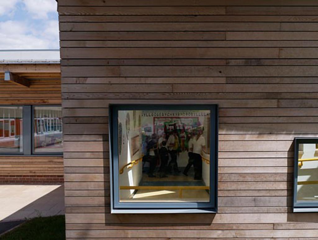 Ifield School, Gravesend, United Kingdom, Haverstock Associates Llp, Ifield school window in cladding. : Stock Photo