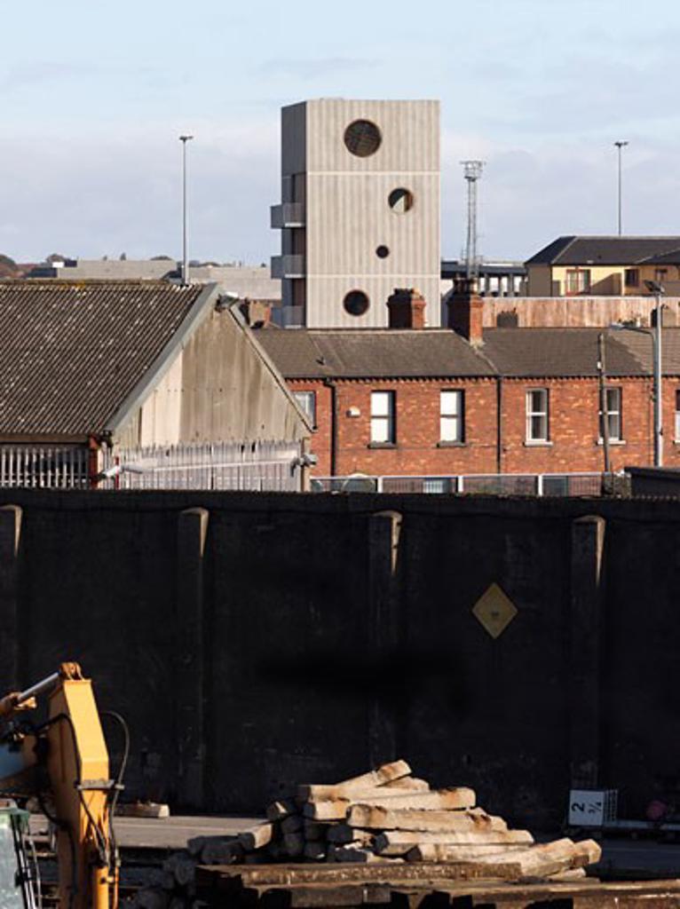 Sean O'Casey Community Centre, Dublin, Odonnell and Tuomey, Sean o'casey community centre neighbourhood view. : Stock Photo