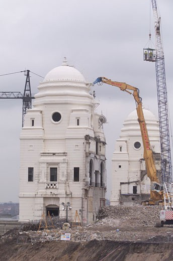Stock Photo: 1801-46050 Wembley Stadium Demolition, Wembley, United Kingdom, Architect Unknown, Wembley stadium top of the tower.