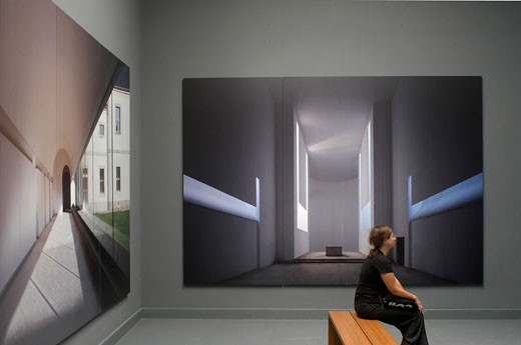Venice Biennale 2004, Italy, John Pawson, Venice biennale 2004 nine positions. : Stock Photo
