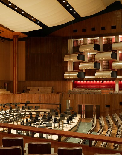 Royal Festival Hall, London, United Kingdom, Leslie Martin Robert Matthews Peter Moro and Allies and Morrison Architects, ROYAL FESTIVAL HALL AUDITORIUM : Stock Photo