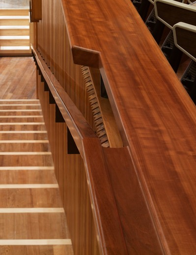 Stock Photo: 1801-47047 Royal Festival Hall, London, United Kingdom, Leslie Martin Robert Matthews Peter Moro and Allies and Morrison Architects, ROYAL FESTIVAL HALL HANDRAIL AND WOOD DETAILS