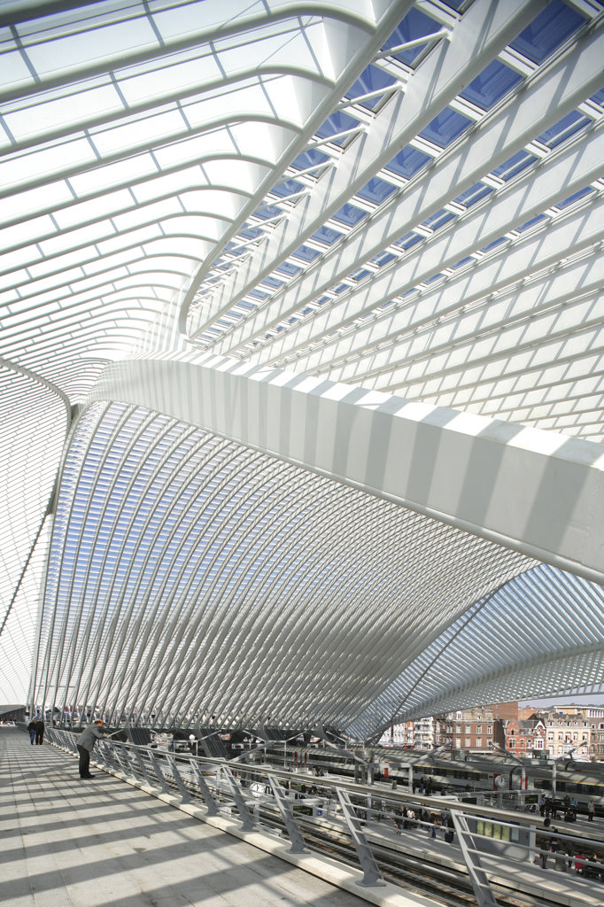 Stock Photo: 1801-47080 Liège Guillemins Tgv Station, Liege, Belgium, Santiago Calatrava, LIEGE GUILLEMINS TGV STATION SANTIAGO CALATRAVA LIEGE 2009 VIEW THROUGH STRUCTURE TO CITY
