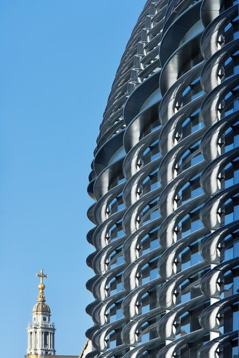 Stock Photo: 1801-47770 The Walbrook, London, United Kingdom, Foster and Partners, THE WALBROOK FOSTER AND PARTNERS LONDON UK 2009. CLOSE UP EXTERIOR SHOT OF THE BUILDING FACADE MADE USING ENERGY EFFICIENT FIBRE ENFORCED POLYMER MATERIALS AGAINST THE CLEAR BLUE SKY
