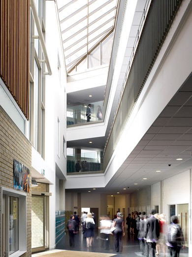 Stock Photo: 1801-54424 Circulation Area - A New Co-Educational Comprehensive Secondary School In The London Borough Of Islington