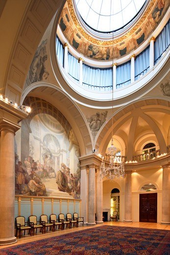 Stock Photo: 1801-54965 City Of London  Institute Of Chartered Accountants  Chartered Accountants' Hall  Moorgate Place  John Belcher Ra  2010  Fine Example Of Victorian Neo-Baroque Architecture Drawing Inspiration From The Italian Renaissance. Main Reception Room. Council Chamber. Based On Early Renaissance Church Design. Frescos By George Murray  1913. Square Domed Centre Gives Impression Of Soaring Height.