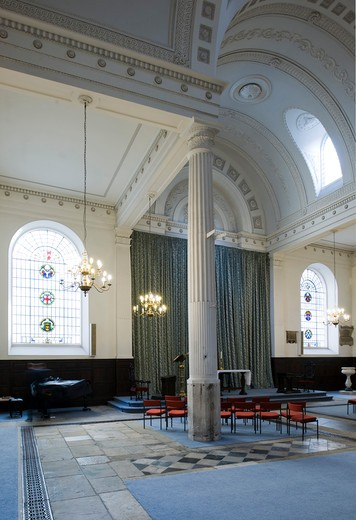 City Of London  St. Mary-At-Hill  Sir Christopher Wren  1670-4 Rebuilt By James Savage 1843. The Least Spoiled Interior In The City  A Shallow Dome Is Supported On Four Free-Standing Columns. It Is The Church Of The Billingsgate Fish Merchants.View To East End : Stock Photo