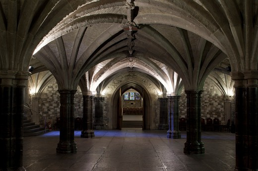 Stock Photo: 1801-55460 City Of London  The Guildhall  The City Powerhouse Since The Twelfth Century.  East Crypt