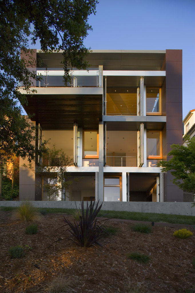 Stock Photo: 1801-56102 Charles Debbas Architects  Debbas House  Oakland California 2010