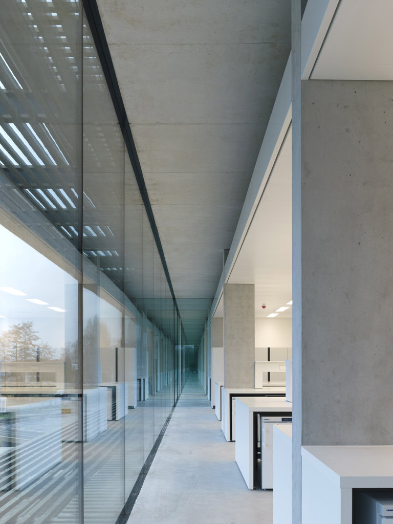 Stock Photo: 1801-57713 Netherlands Institute For Ecology (Nioo-Knaw), Claus , Kaan Architects, Wageningen,   Netherlands, 2011, Perspective Of Glazed Open Plan Laboratory Corridor