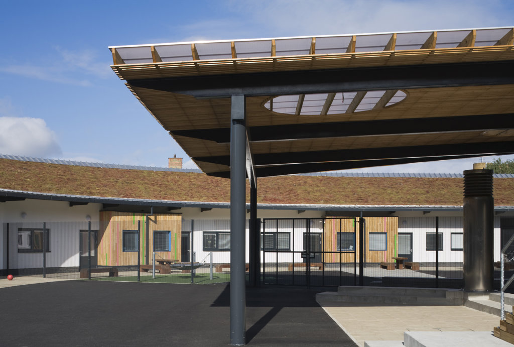 Tuke School, Haverstock Associates, London, 2010, View Of Schoolyard Canopy And Classroom Terrace : Stock Photo