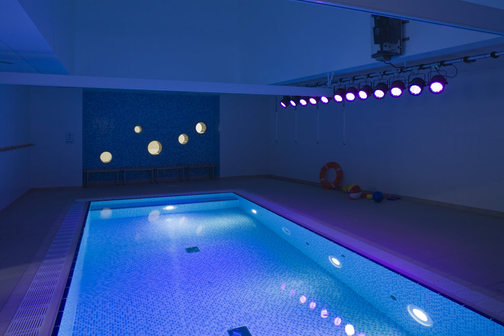 Tuke School, Haverstock Associates, London, 2010, Interior View Of Hydro Therapy Area : Stock Photo