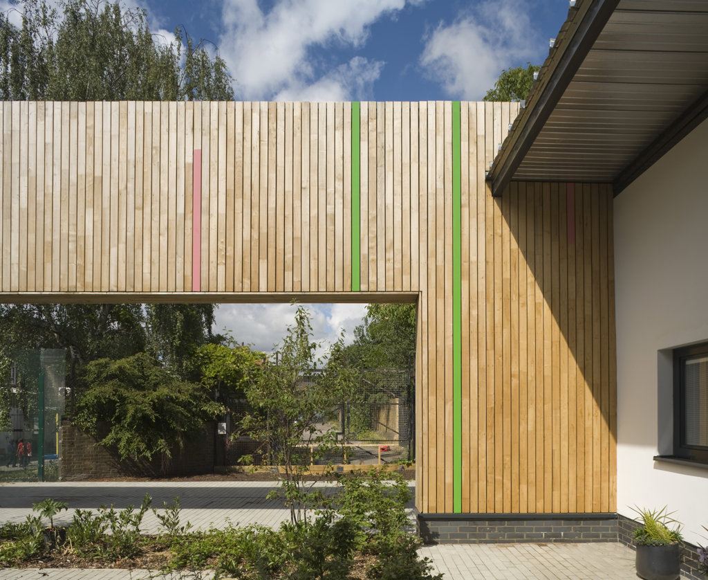 Tuke School, Haverstock Associates, London, 2010, Exterior View Of Teachers Garden With Timber Clad Opening : Stock Photo