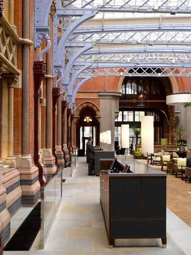 St Pancras Chambers Hotel And Residential Development -Giles Gilbert Scott With Richard Griffiths Architects And Rhwl-2011 Reception Area : Stock Photo