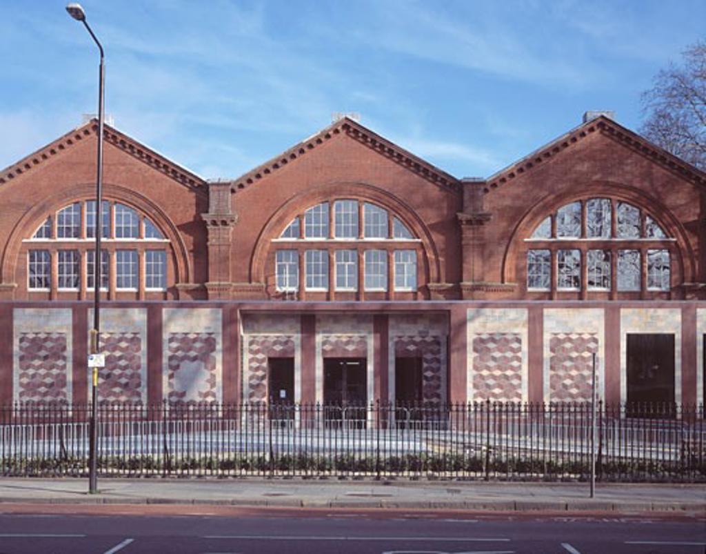 VANDA MUSEUM OF CHILDHOOD (PHASE 2), CAMBRIDGE HEATH ROAD, LONDON, E2 BETHNAL GREEN, UNITED KINGDOM, CARUSO ST JOHN : Stock Photo