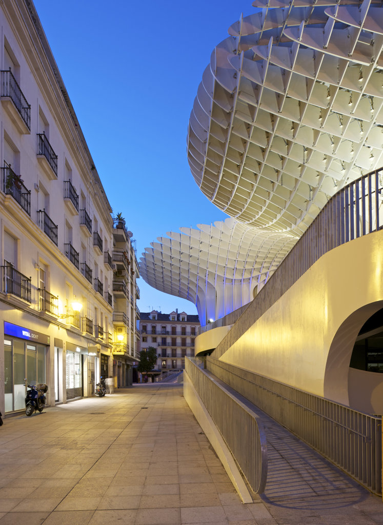 Metropol Parasol By J Mayer H Architects In Sevilla Spain. Evening View Of Lateral Access Ramps : Stock Photo