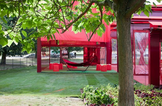 Stock Photo: 1801-64158 Serpentine Gallery Summer Pavilion 2010 Jean Nouvel With Arup Through The Trees