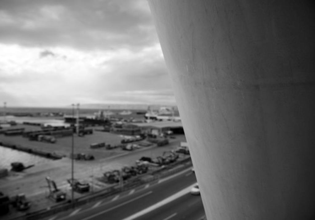 Stock Photo: 1801-65833 Cma Tower By Zaha Hadid Architects.  Construction Shot