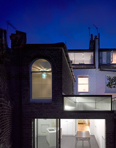 Stock Photo: 1801-67024 Bisham Gardens  London  Moxon Architects  -Rear View At Twilight