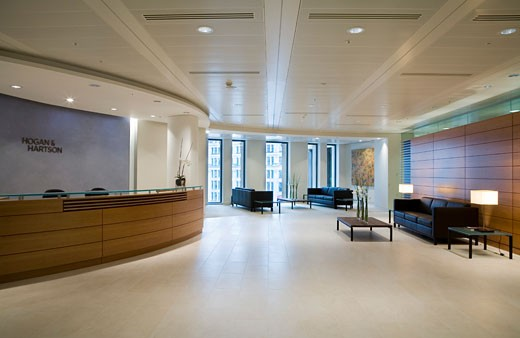 HOGAN AND HARTSON OFFICES, JUXON HOUSE, 100 ST.PAULS CHURCH YARD, LONDON, EC4 QUEEN VICTORIA STREET, UNITED KINGDOM, RECEPTION, CHRISTIAN GARNETT : Stock Photo