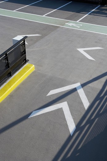 Stock Photo: 1801-69472 Coventry University Multi-Storey Car Park  Rmjm  Coventry  2010  Close Up Of Arrow Markings
