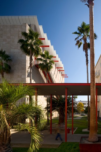 Stock Photo: 1801-69550 Lacma Broad and Resnick Pavilion  Renzo Piano Building Workshop Exterior Resnick Pavilion Covered Walkway