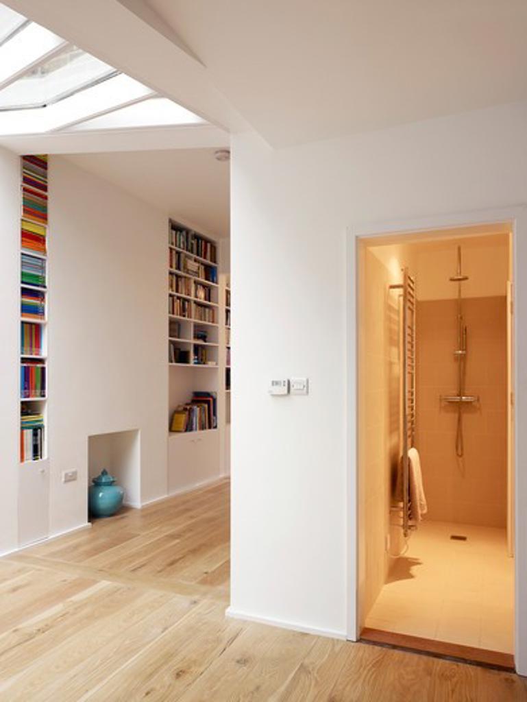Private House Refurbishment In North London : Stock Photo
