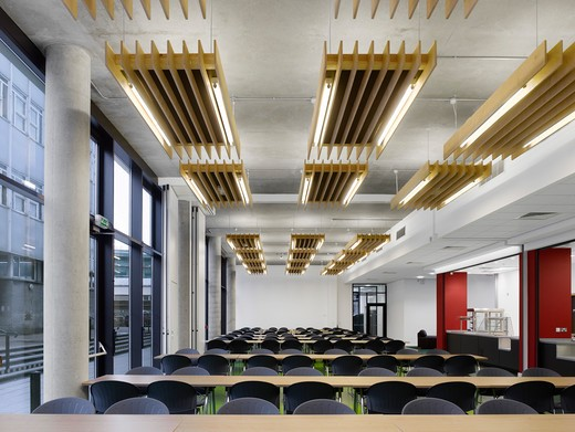 Stock Photo: 1801-71362 Dennis Sciama Building  University Of Portsmouth  By Van Heyningen And Haward Architects (Vhh)