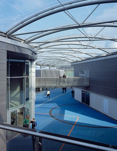 Stock Photo: 1801-71521 John Madejski Academy  Reading  Wilkinson Eyre Architects. Opened In Early 2008  It Was The First British Government Future Schools Example To Be Completed In The Uk. It Has Since Become The Design Benchmark For May Other New Government Schools  Academies And Institutes.