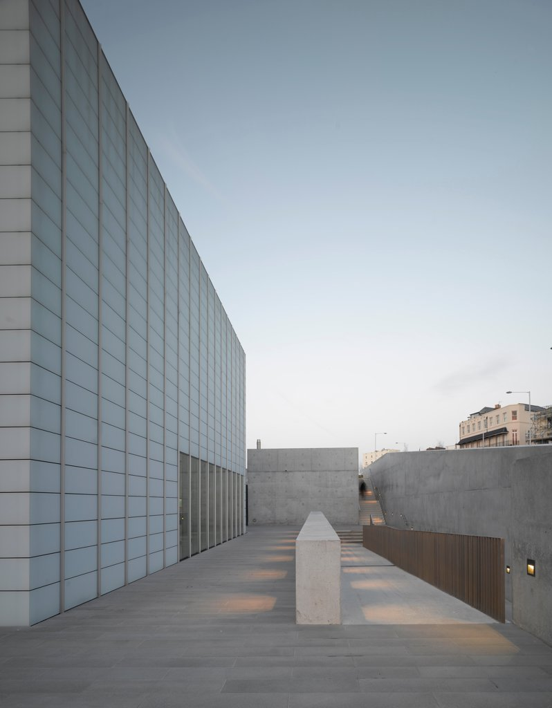 Stock Photo: 1801-74547 Turner Contemporary Gallery, Margate, United Kingdom. Architect: David Chipperfield Architects Ltd, 2011. Looking east at south elevation.