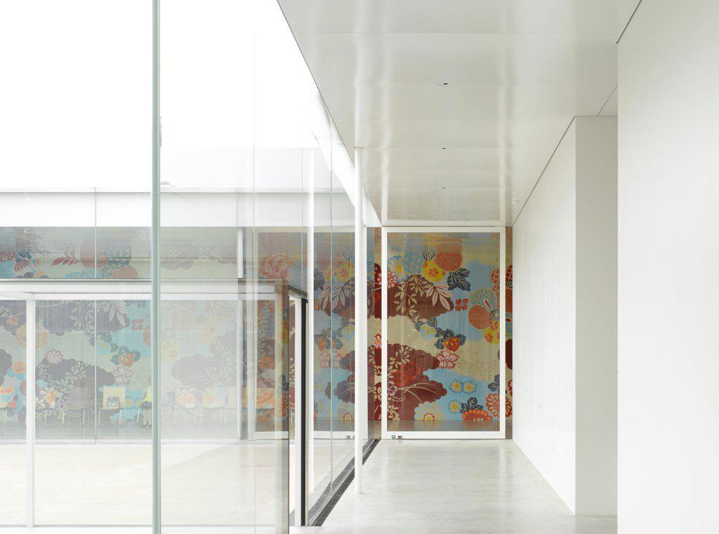 Stock Photo: 1801-74912 21st Century Museum, Kanazawa, Japan. Architect: SANAA, 2012. Overall interior view along corridor.
